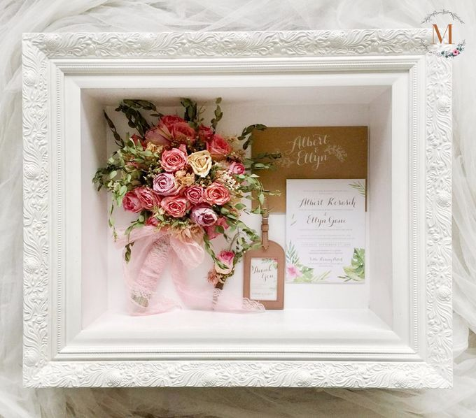 Signature of Bouquet 40x50 by Magnolia Dried Flower - 001