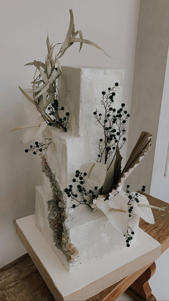 This Wedding is made intimate but not just that, every single details made personal to the bride and groom. In the midst of the pandemic, we understan by KAIA Cakes & Co. - 028