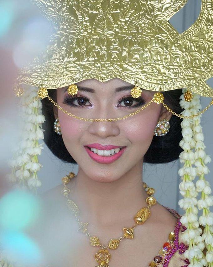 Batak Wedding Makeup by MRS Makeup & Bridal - 001