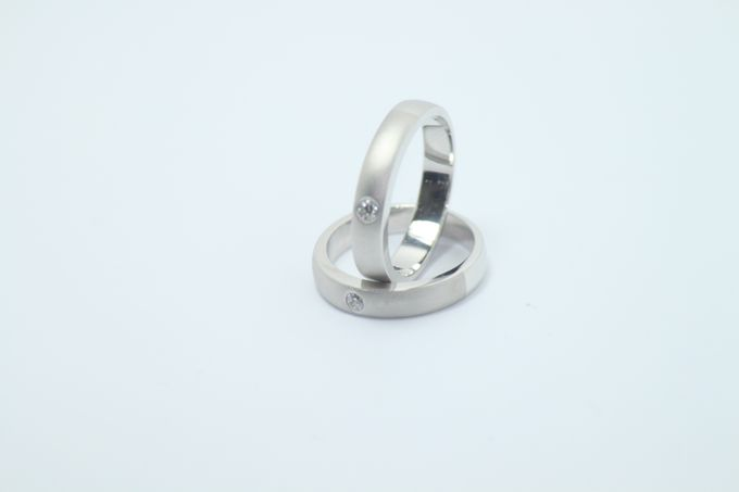 wedding ring simple Design by V&Co Jewellery - 006
