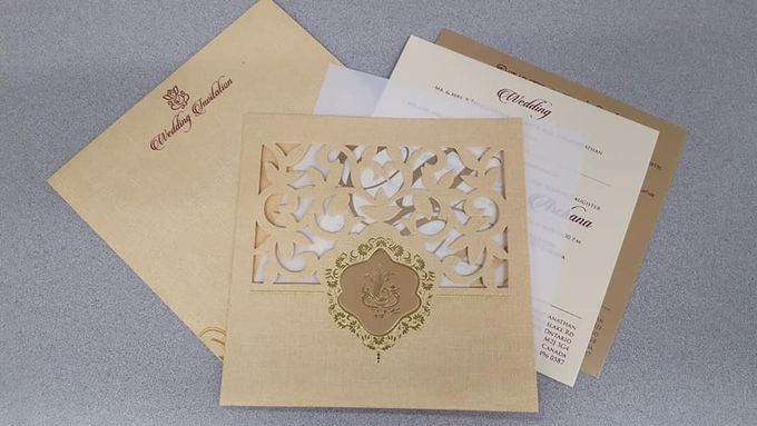 Designer wedding invitations collection by SEVEN COLOURS CARD - 020