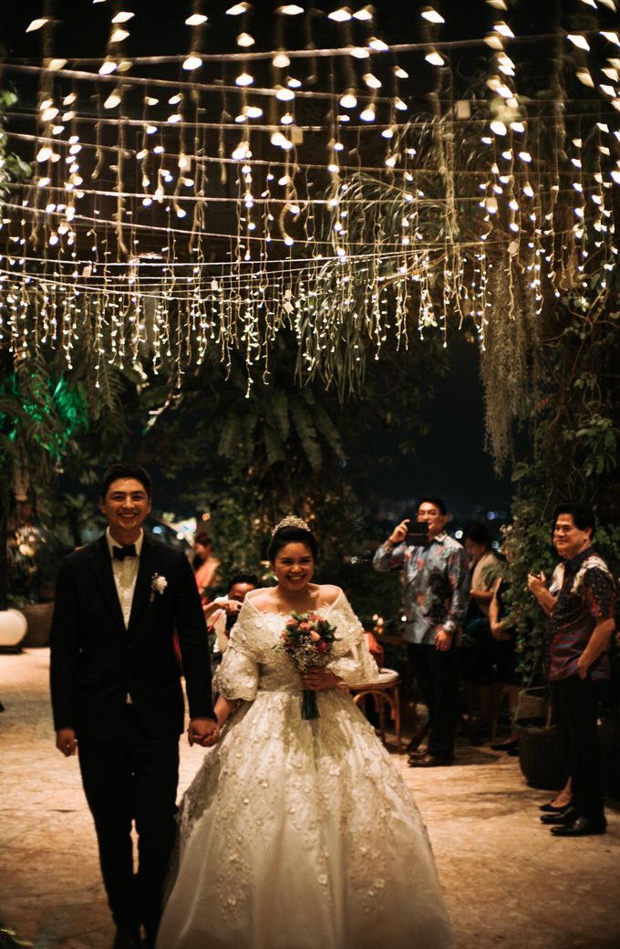 Nicole & Daniel Wedding at Menara Imperium by AKSA Creative - 038