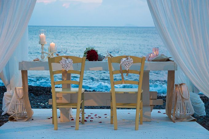 Beach wedding in Santorini by Red Knot Weddings & Events - 042