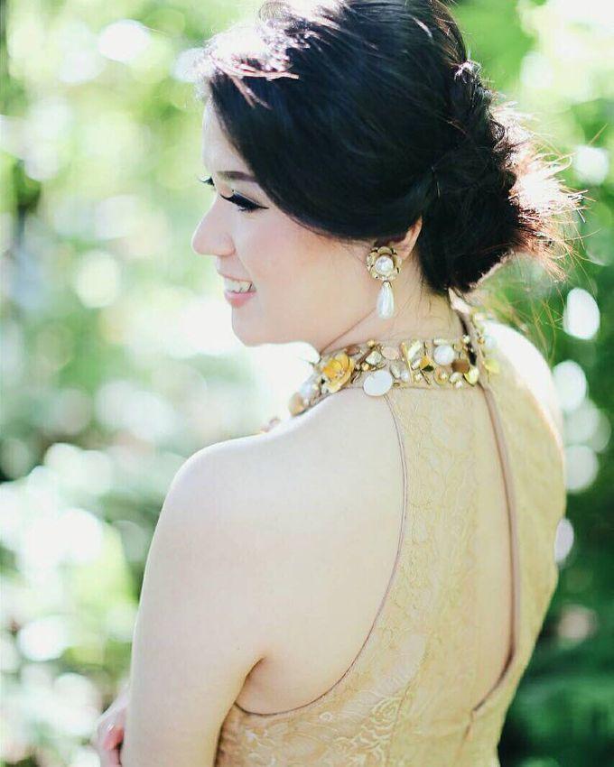 Prewedding Makeup by Putri Bali Makeup - 007