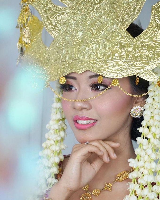 Batak Wedding Makeup by MRS Makeup & Bridal - 005