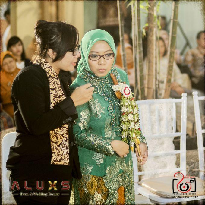 The Wedding of Santa & Khresna by Alux's Event & Wedding Creator - 008