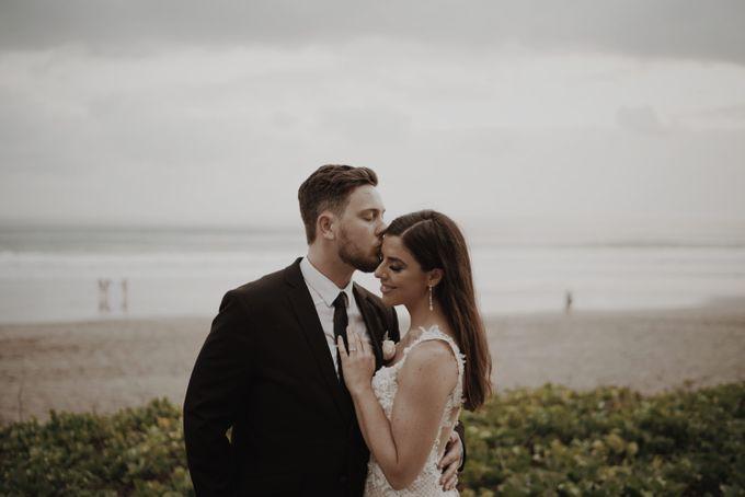 Mindy & Cameron Wedding at W Hotel Bali by AKSA Creative - 043