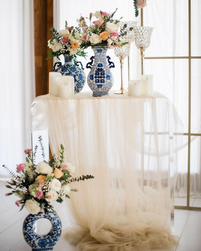 Elegant Vintage Coral Peach Palette for Willy and Luphyta Wedding at Plenilunio Villa Uluwatu by Bali Wedding Atelier - 012