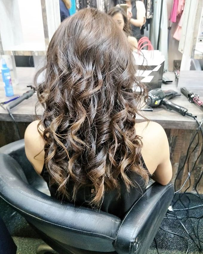 Hairstyling By Lili by Lili Makeup Specialist - 008