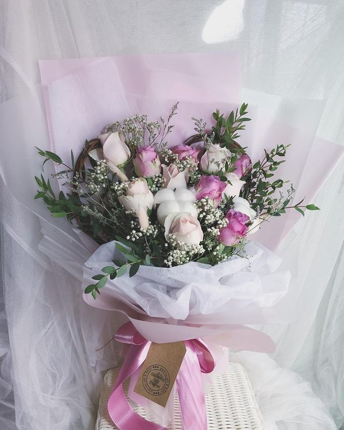 Wedding and Bridal Bouquets by Glammy Gift & Florist - 004