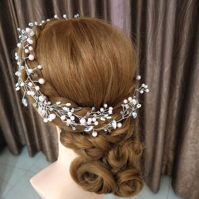 Hairstyling By Lili by Lili Makeup Specialist - 001