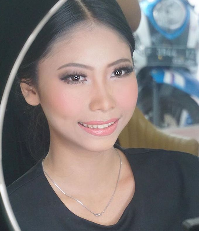 Bride Test Makeup for Ms. Theresia by MRS Makeup & Bridal - 003