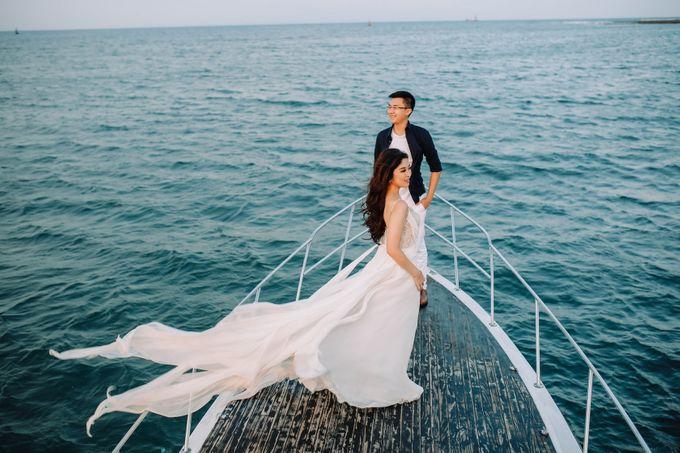 PRE - WEDDING MARVELL & VIONA  BY HENOKH WIRANEGARA by All Seasons Photo - 043