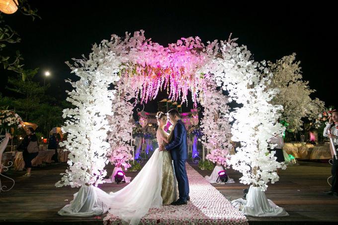 Wedding of Devi & Rheza Recepction by Arthaniaxpink - 003