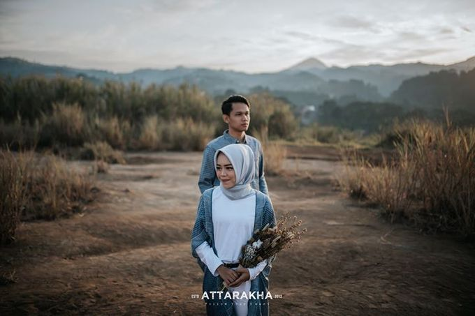 Prewedding Dini & Aldis by Attarakha Fotografi - 001
