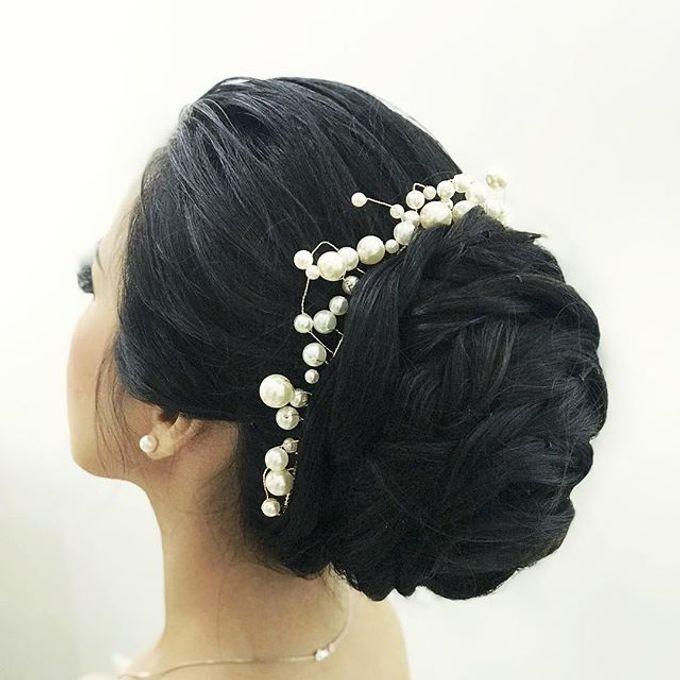 Headpiece & Crown by Ilona Headpiece & Crown - 043