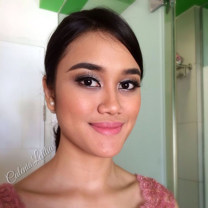 Bridesmaid for Gisella & Adhi Wedding by Calenia Letitia Makeup Artist - 010