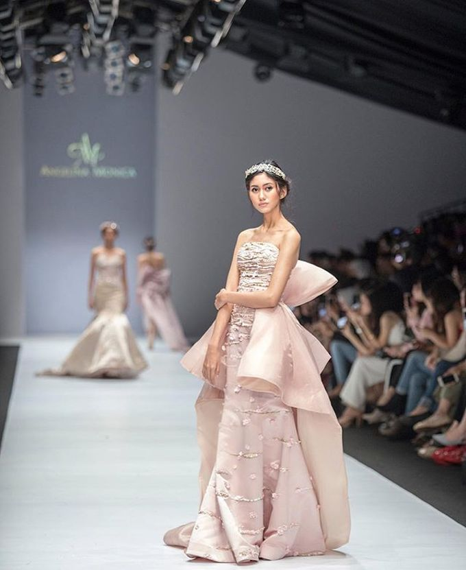 JFW 19 COLLECTIONS - BLOOM by Angelina Monica - 006
