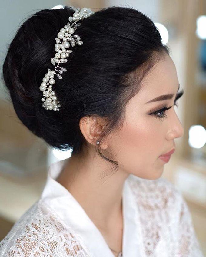 Headpiece & Crown by Ilona Headpiece & Crown - 040
