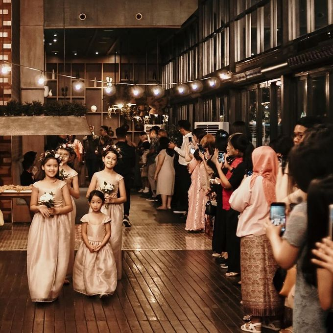 Premium Intimate Wedding at Century Park Hotel by Bright Wedding Jakarta - 003