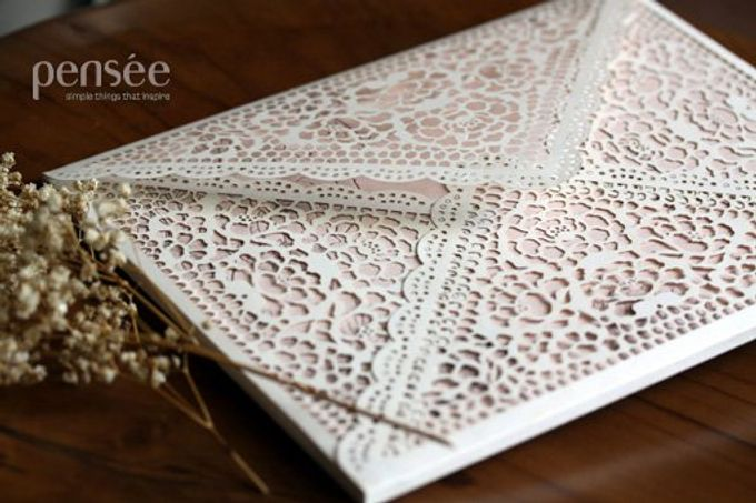 Peonies & Lovely Lace Envelope by Pullman Jakarta Indonesia - 002