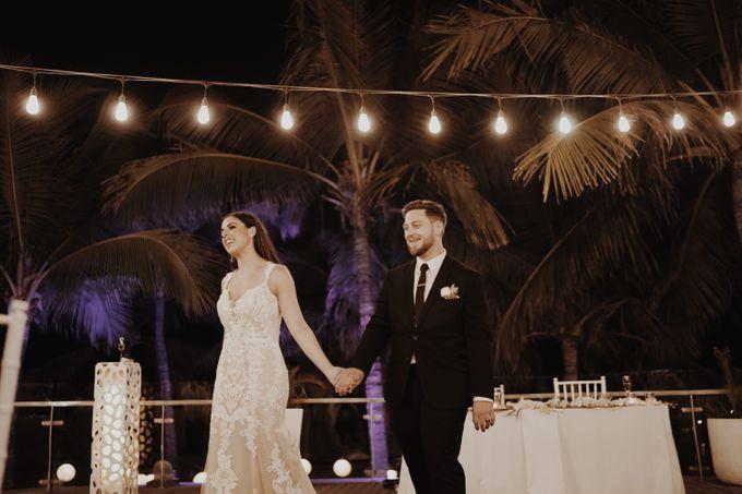 Mindy & Cameron Wedding at W Hotel Bali by AKSA Creative - 045