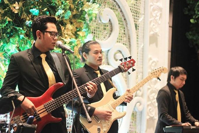 Full Band at Ayana Mid Plaza Hotel by HEAVEN ENTERTAINMENT - 005