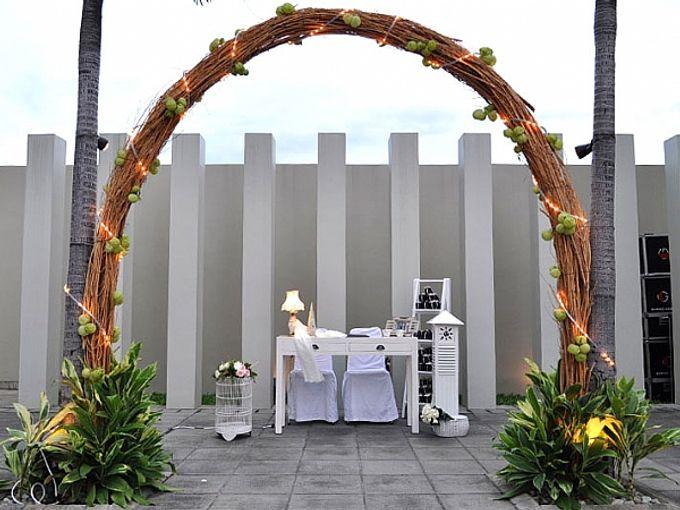 Weddings at Poolside by Alila Jakarta Hotel - 005
