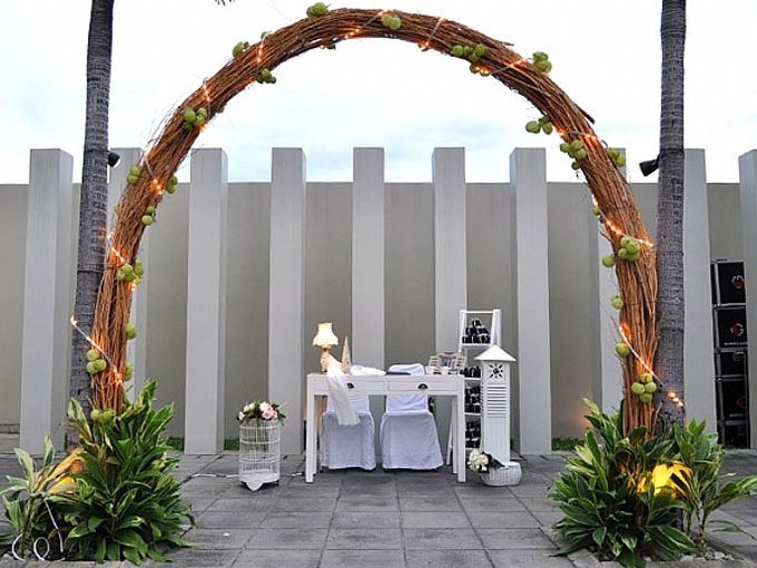 Weddings at Poolside by Sparks Luxe Jakarta - 005