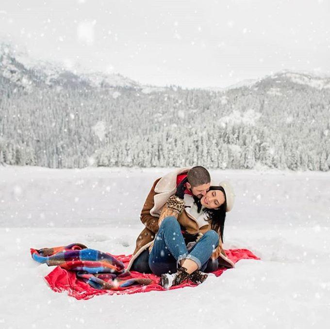 Engagement photoshoot by Anjeza Dyrmishi photographer - 001