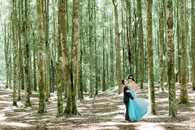 John & Emily Pre-wedding by Bali Pixtura - 008