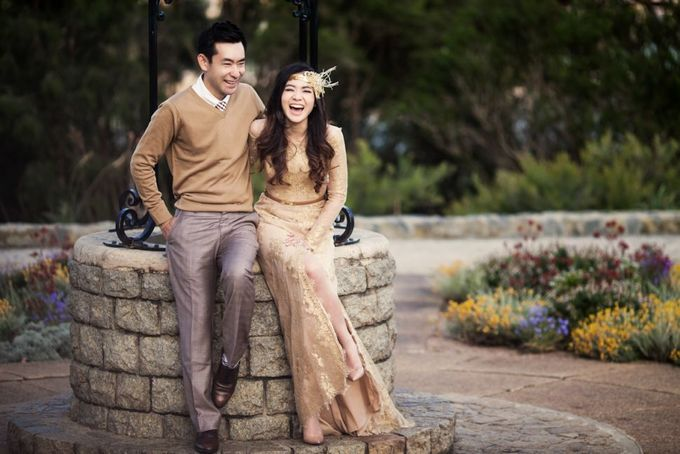Love, Universal Language - Yeon and Maria Prewedding by Antony by Vow Pictures - 009