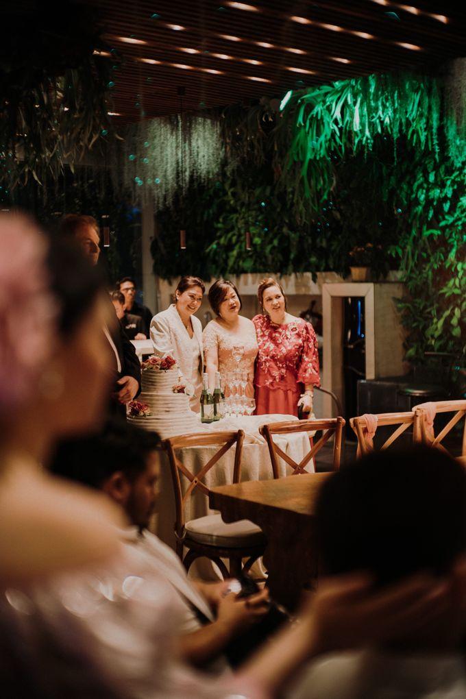 Nicole & Daniel Wedding at Menara Imperium by AKSA Creative - 041