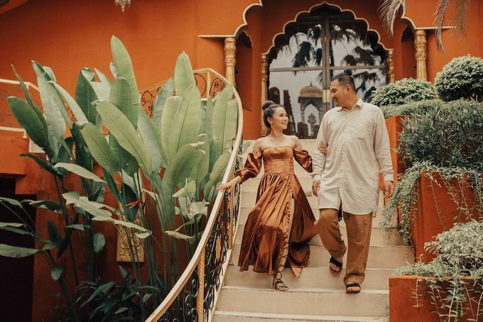 PRE - WEDDING EDWIN & YOMEDIKA BY RIO YAPARI by All Seasons Photo - 038