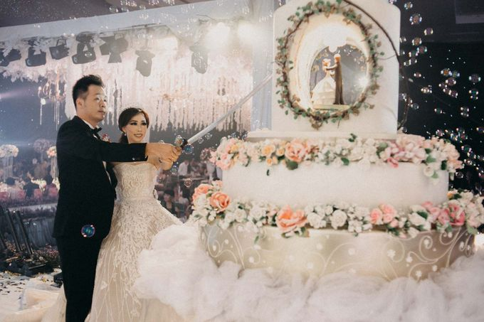 Sundoro & Lia Wedding by Dhika by MA Fotografia - 046