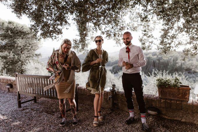 Alternative Wedding in Tenuta Mocajo in Tuscany  Italy by Fotomagoria - 040