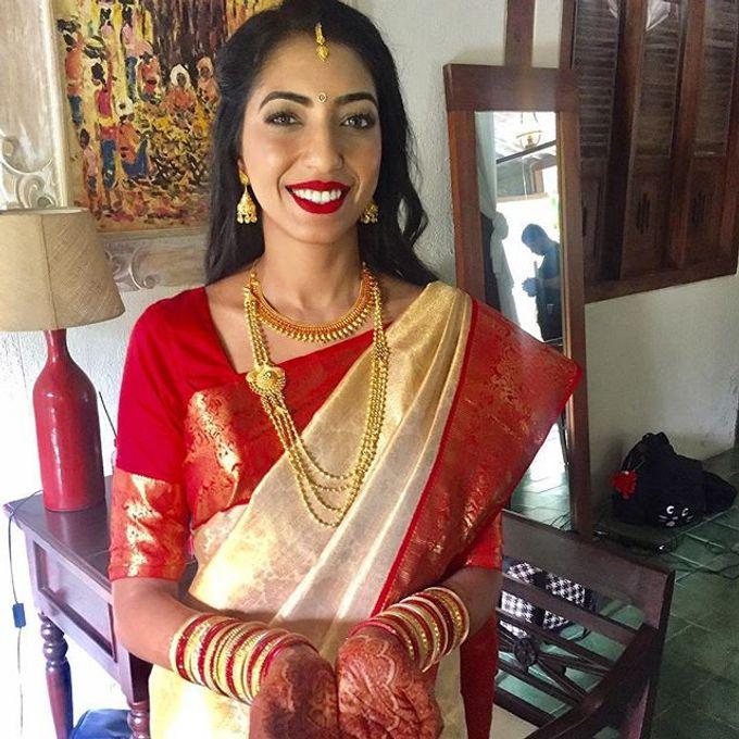 Airbush makeup by Bali Hair and Makeup  / Anja buerck - 044