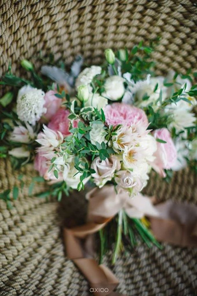 Renaissance Uluwatu - Sweet and Elegant by Flora Botanica Designs - 002