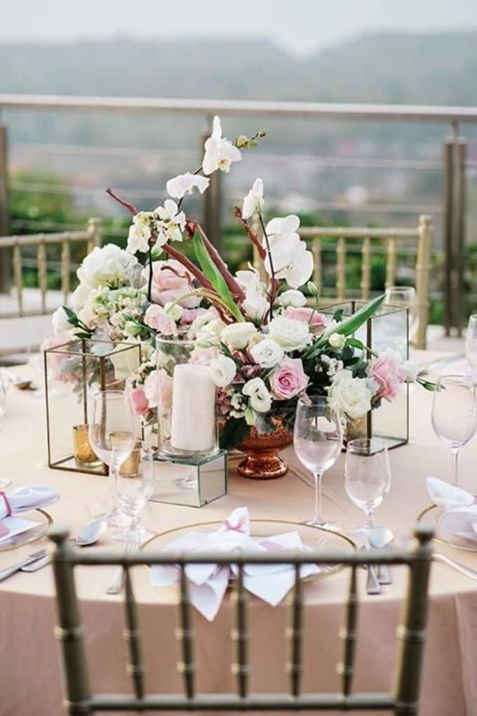 Renaissance Uluwatu - Sweet and Elegant by Flora Botanica Designs - 017