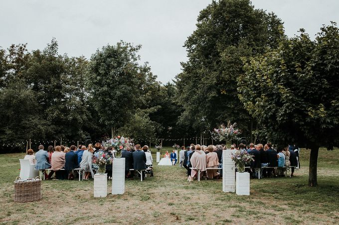 A relaxing garden wedding by Elegant Events - 016
