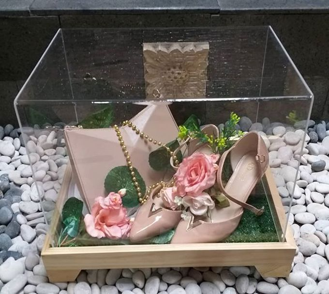 Rustic Tray - wooden by Freesia Seserahan - 029