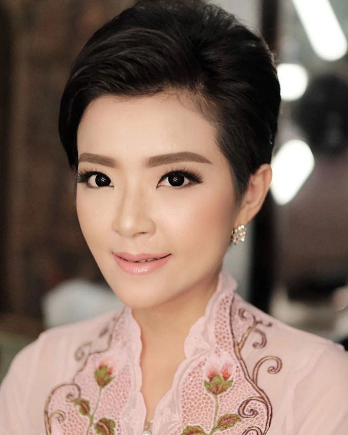 Latest Make up Style by Vidi Daniel Makeup Artist managed by Andreas Zhu - 033