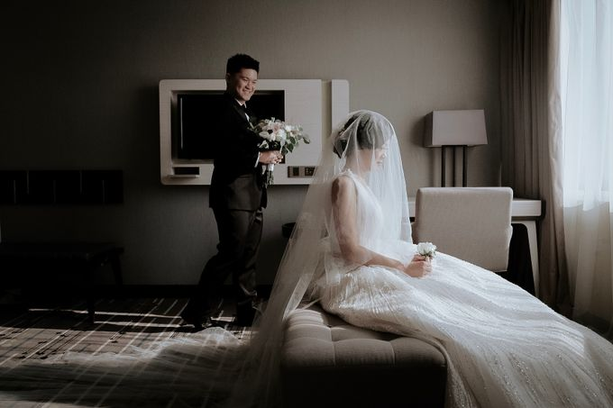 The Special Moment of Peter & Yulia by Khayim Beshafa One Stop Wedding - 001