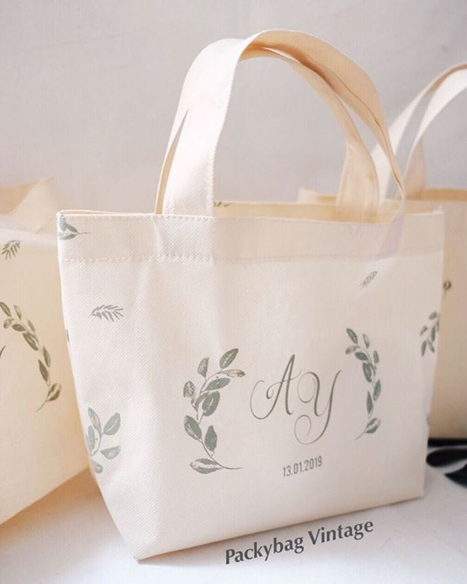 Totebag Mini spunbond // AYA WEDDING - JANUARI 19 by Packy Bag Vintage - 002