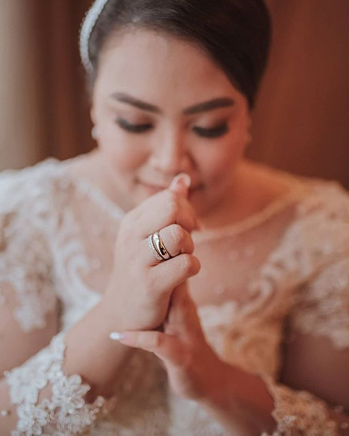 Indri & Hendra Wedding by Memento Idea - 006