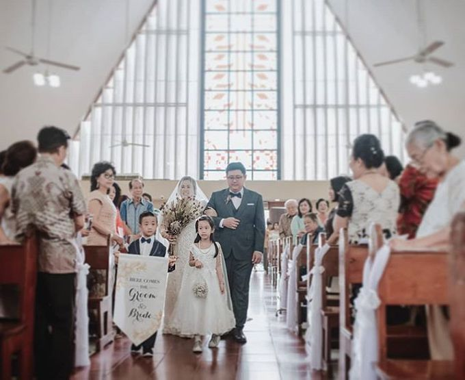 Indri & Hendra Wedding by Chandani Weddings - 009