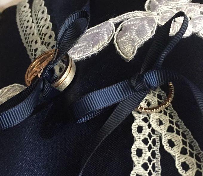 Midnight Blue Wedding Pillows by La Bella - 003