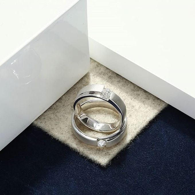 WEDDING RING by Lino and Sons - 013