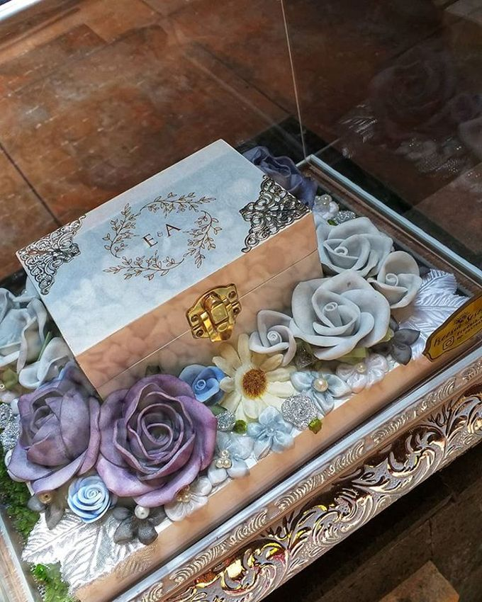 Glam Tray (Silver) by Freesia Seserahan - 008