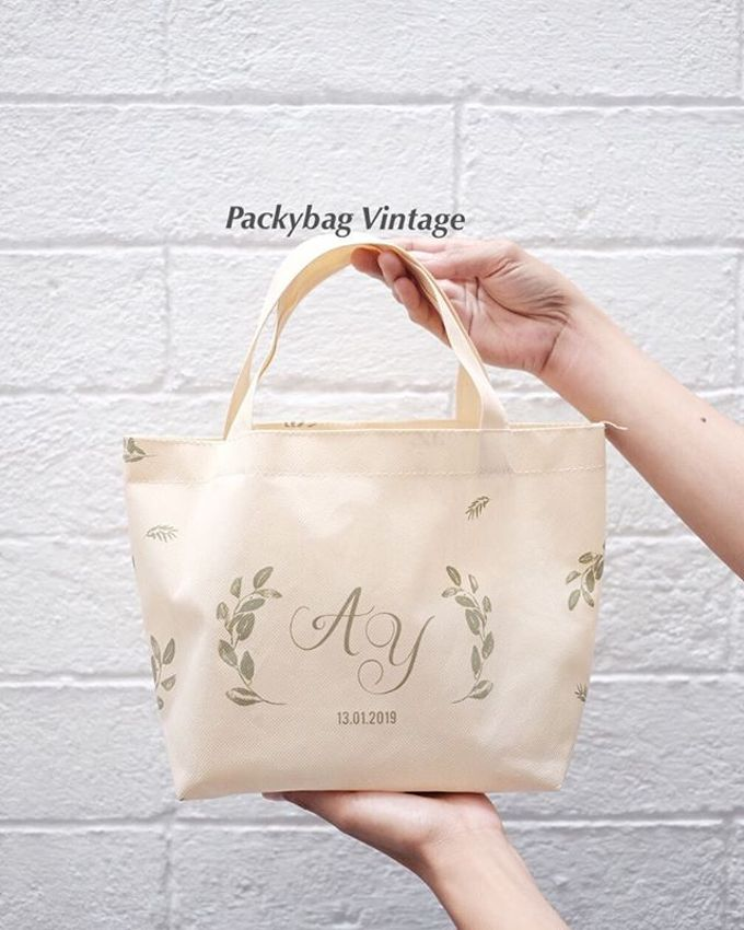 Totebag Mini spunbond // AYA WEDDING - JANUARI 19 by Packy Bag Vintage - 001